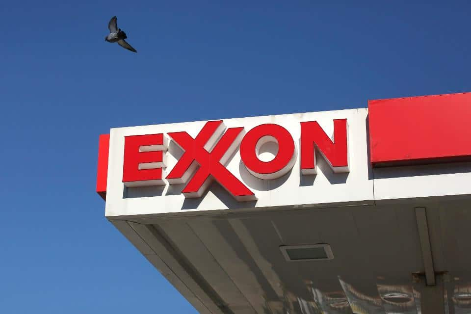 Exxon hits 15-year low prior to new strategy rollout