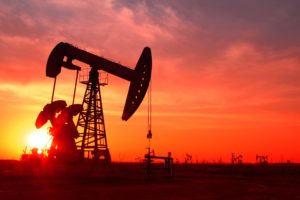 Oil falls 1% as demand fears grow amid coronavirus